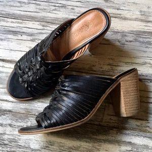 Rebels black heel sandals 👡